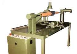 Milling machine for square cuts